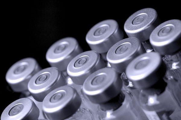Vaccini, pugno duro dell'Ordine dei medici verso chi li sconsiglia. E' in gioco la libertà di opinione dei medici?