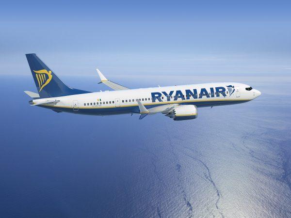 Tariffe dei voli in preoccupante calo. Allarme da Ryanair