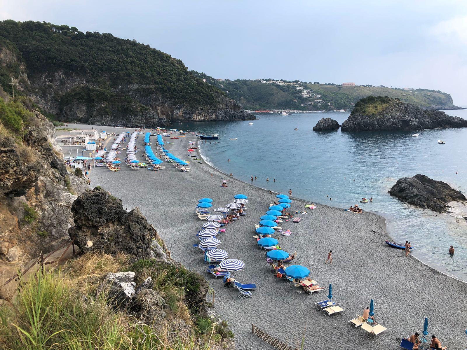 Vacanze gratis per chi ha sconfitto il Covid-19, l'iniziativa dell'imprenditore calabrese